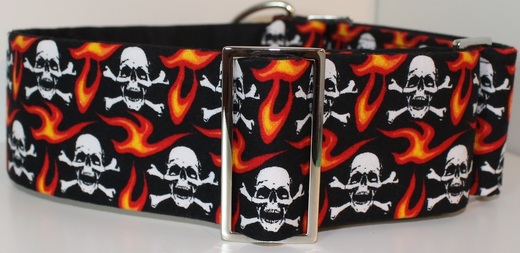 skulld and crossbones with flames dog collar