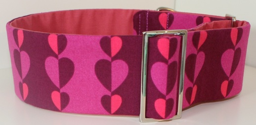 Pink heart dog collar